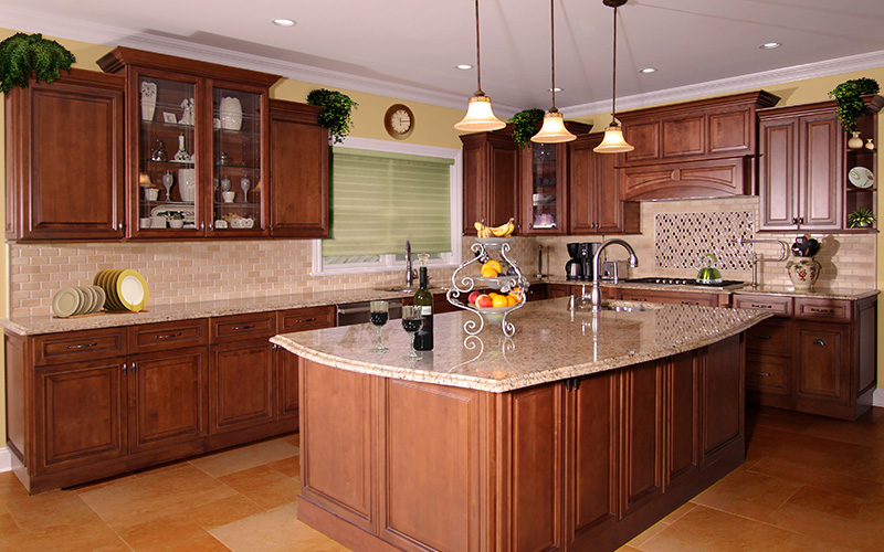 traditional wood grain raised panel kitchen cabinets
