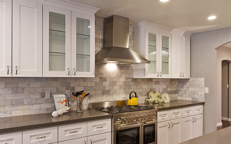 modern white shaker kitchen cabinets